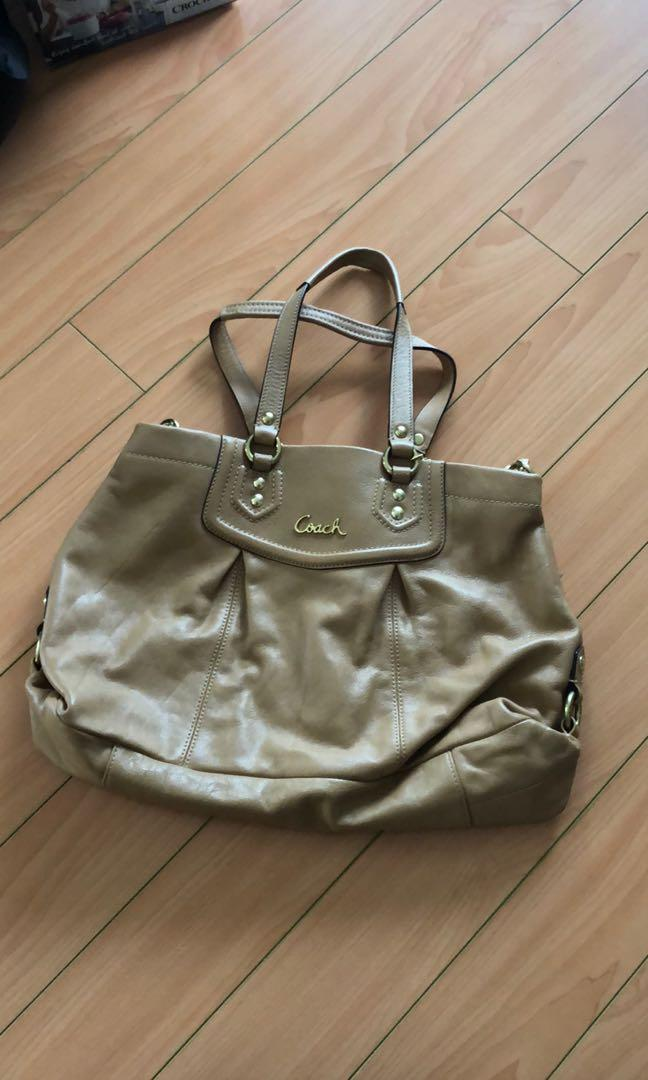 NWT Coach Ashley Leather Cryal bag, colour Camel