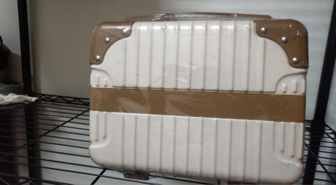 14吋手提行李箱