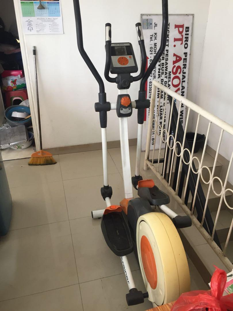 Alat olahraga /mesin olahraga/alat fitness / cross trainer life sport
