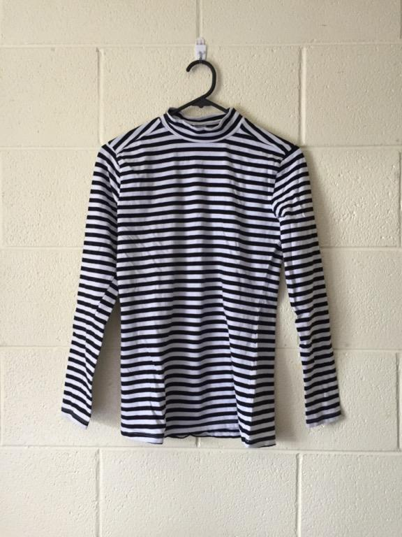 Anko striped turtleneck size 12