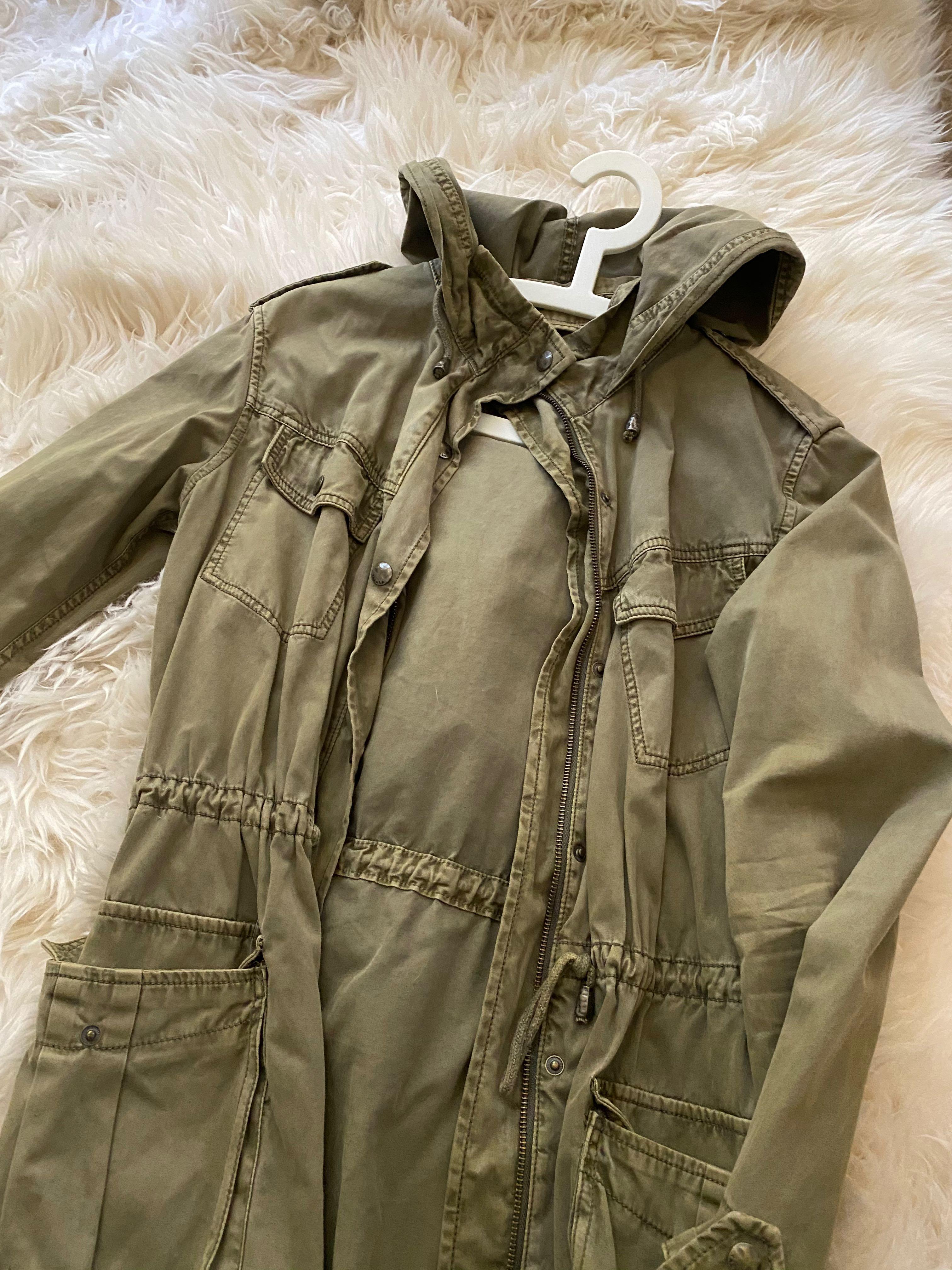 ARITZIA Talula army jacket size xsmall