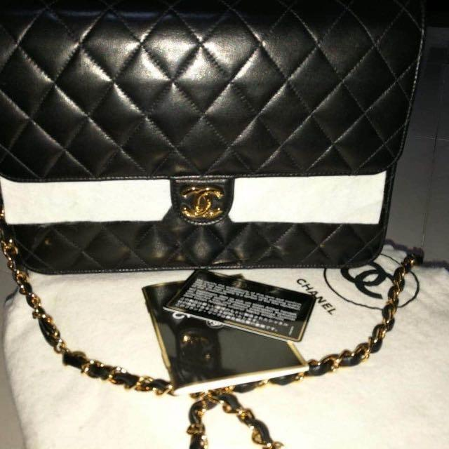 Chanel Black Lambskin Leather Classic Flap Bag