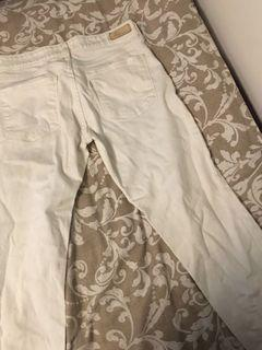 Levis Demi Curve white jeans