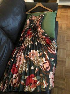 Long flowered dress, size S