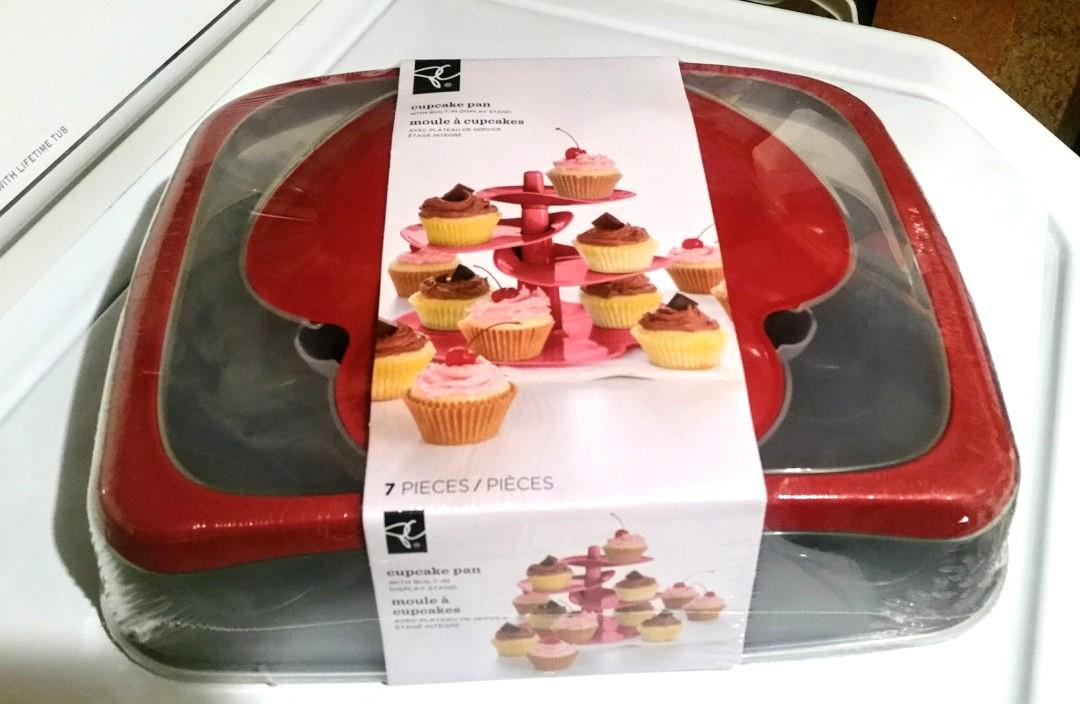 3 in 1 Cupcake baking tray, caddy, display