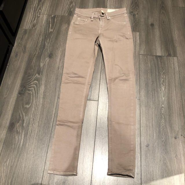 Rag and bone skinny mid rise jeggings stone taupe colour size 24