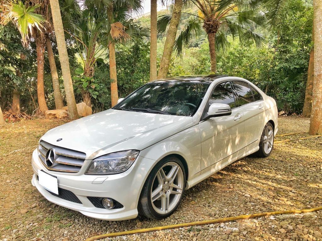 2009 M-Benz C300 白 AMG 全景 HK音響 大螢幕 HID魚眼大燈 電熱椅 AMG滿配 電調方向盤 記憶椅 18吋鋁圈 後遮陽簾