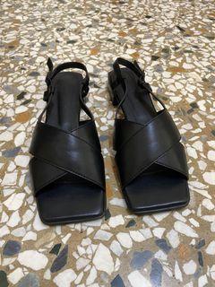 全新韓國時尚方頭平底涼鞋#24.5 #2cm