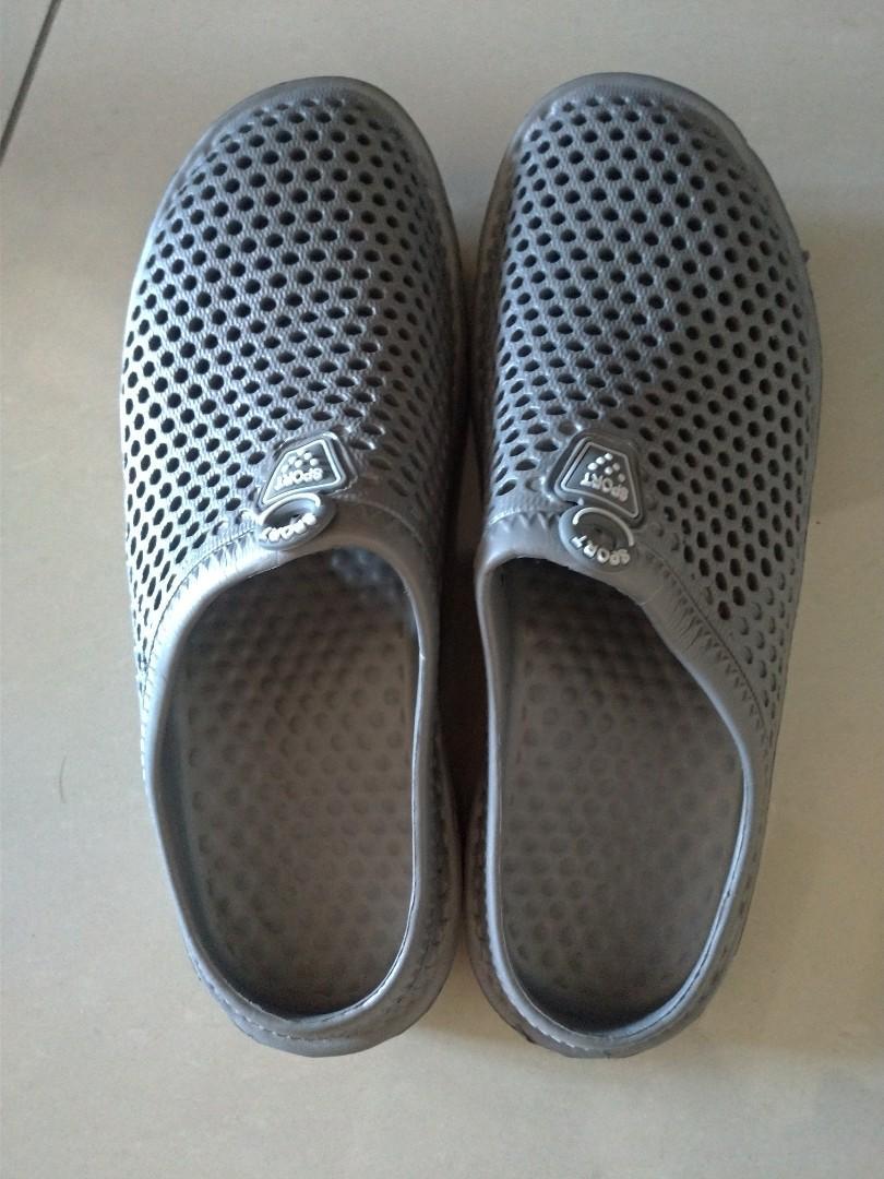 新品 洞洞鞋45 換物可