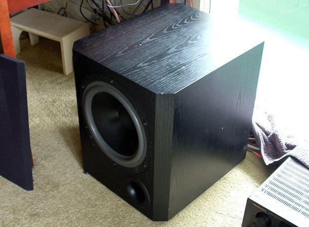 """超有名重低音音響  B&W  800ASW  powered  subwoofer - black :    Black colour    Front vent    12"""" driver    200W RMS amplifier"""