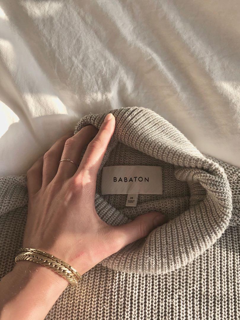 Aritzia Turtleneck Sweater Vest