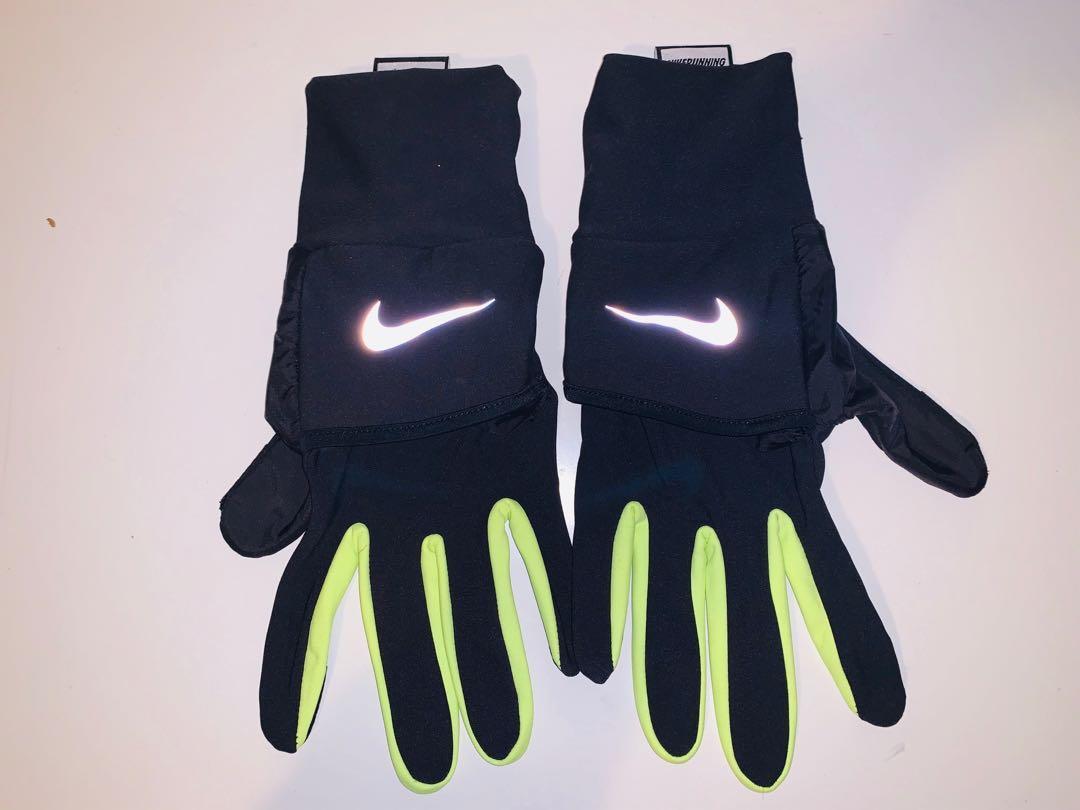 Brand new men's Nike vapor mittens 2.0 sz LG