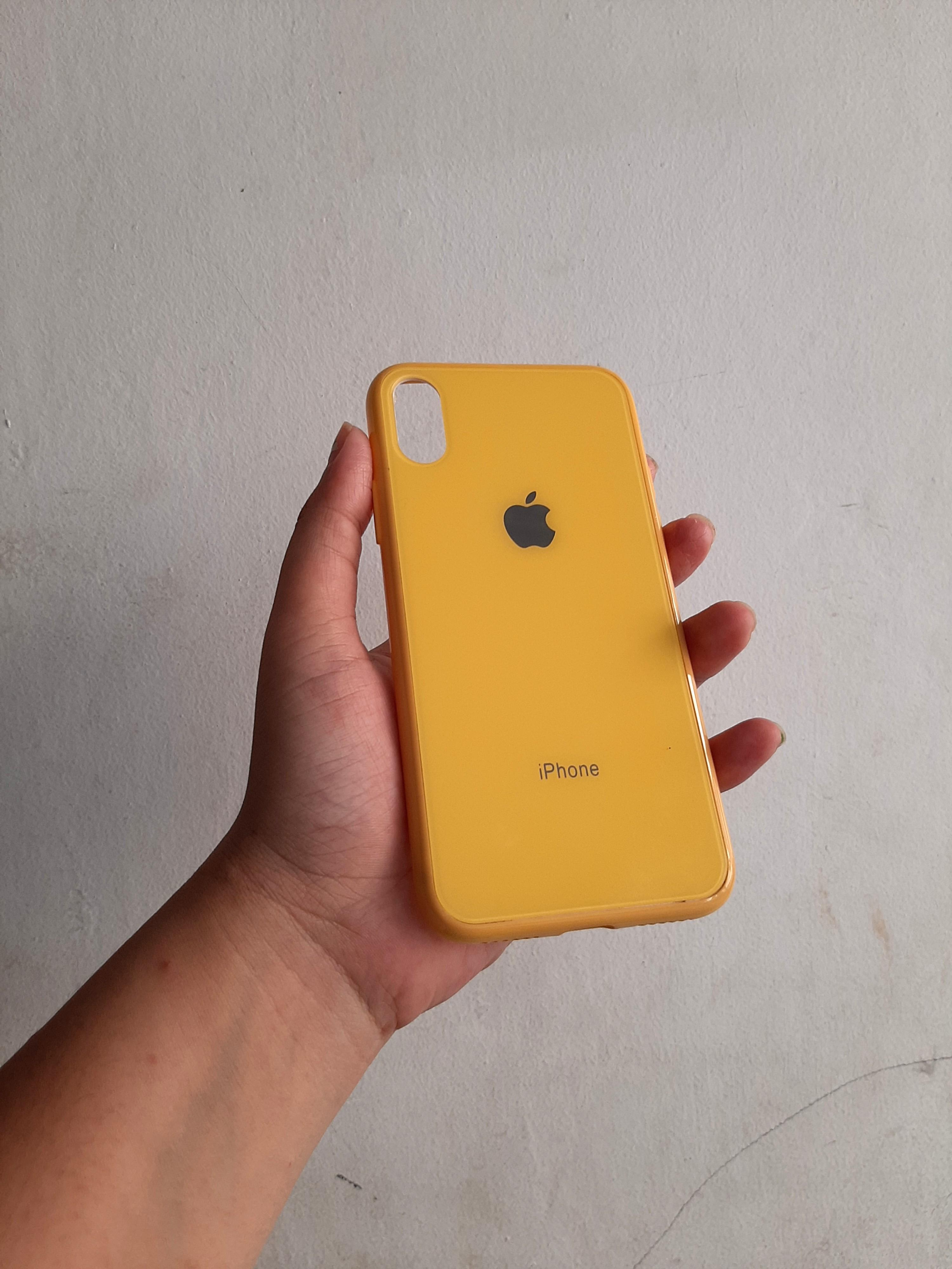 Case iphone X yellow