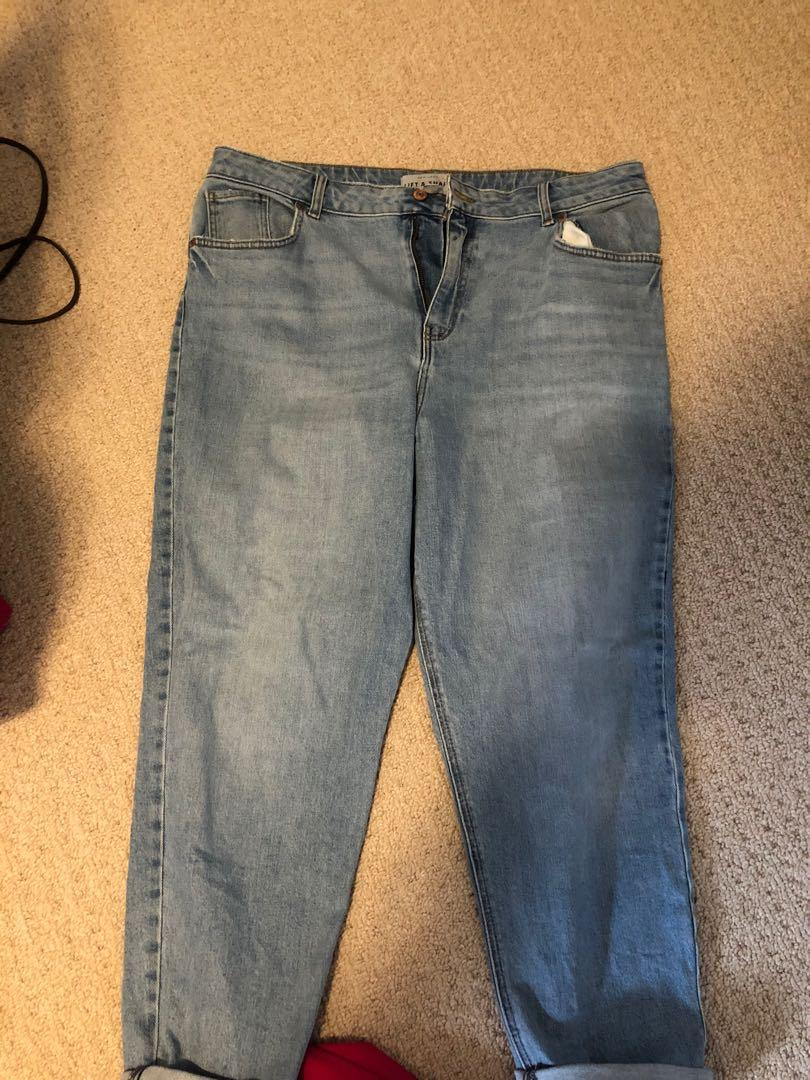 High waisted boyfriend jeans size 14