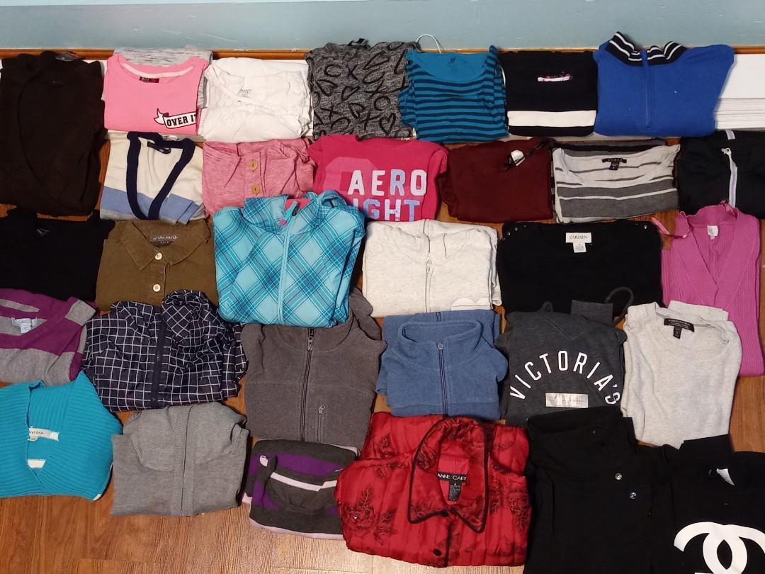 Huge women's clothes LOT