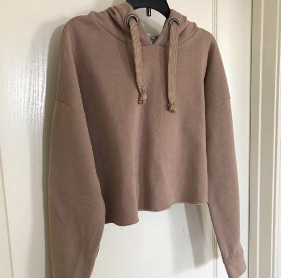 (like new) tan cropped hoodie