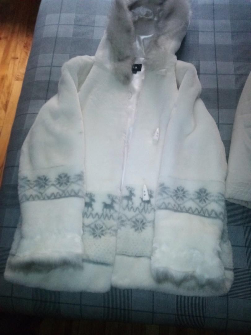 Manteau femme blanc poilue large