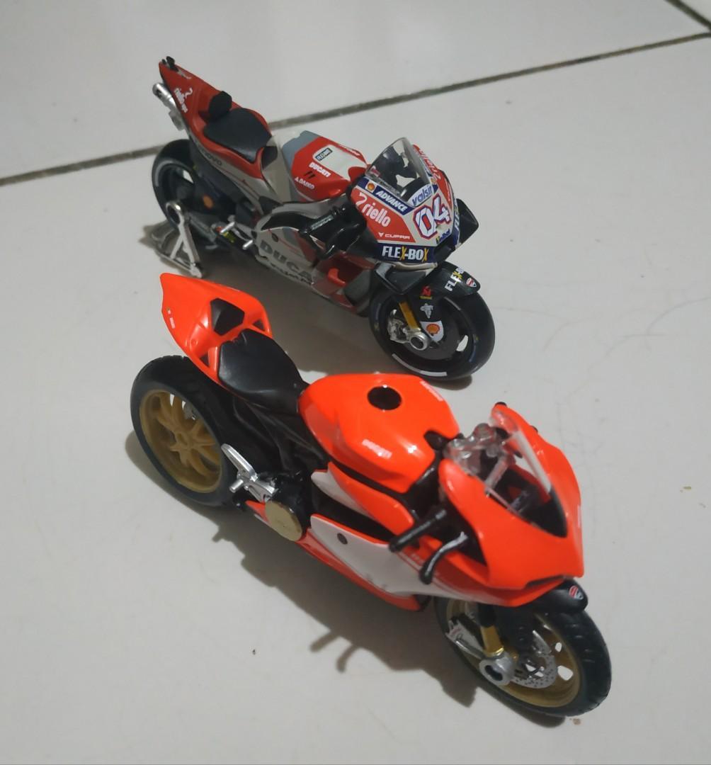 Motor Ducati 1:18 (Shell)