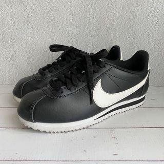 Nike 阿甘鞋22.5cm 黑底白勾