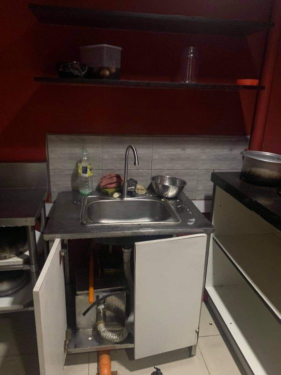 Stainless Kitchen Sink W Grease Trap Home Furniture Home Appliances Other Kitchen Appliances On Carousell