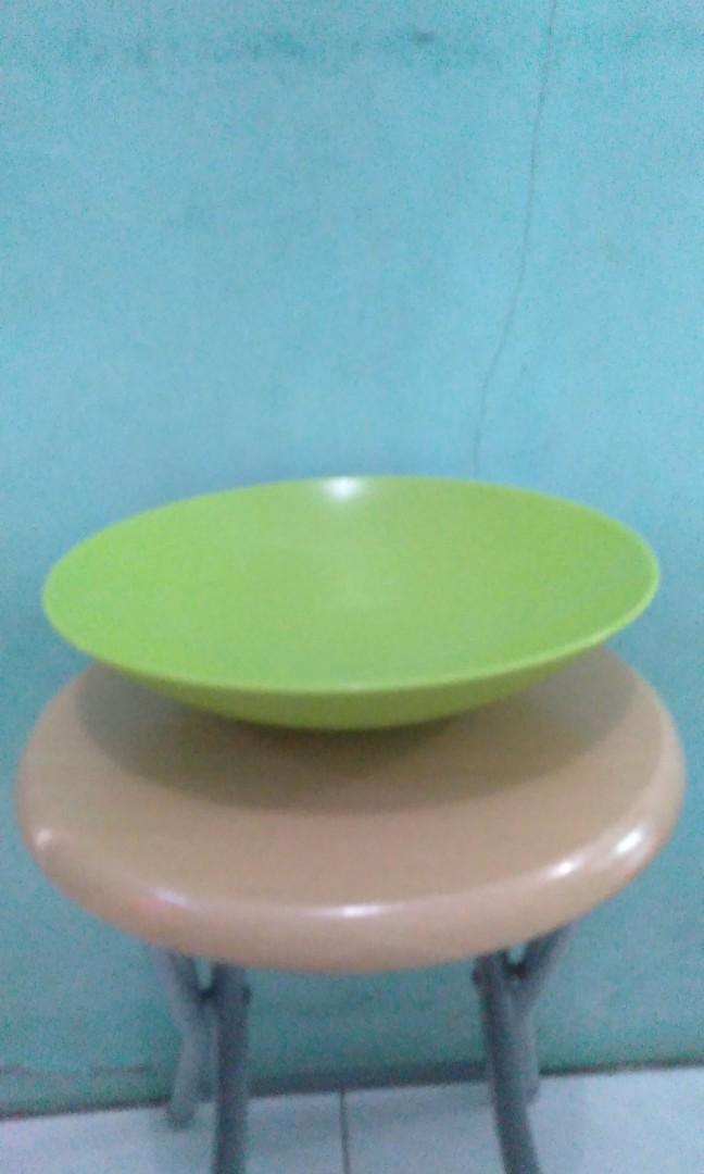 Tupperware Fruits bowl