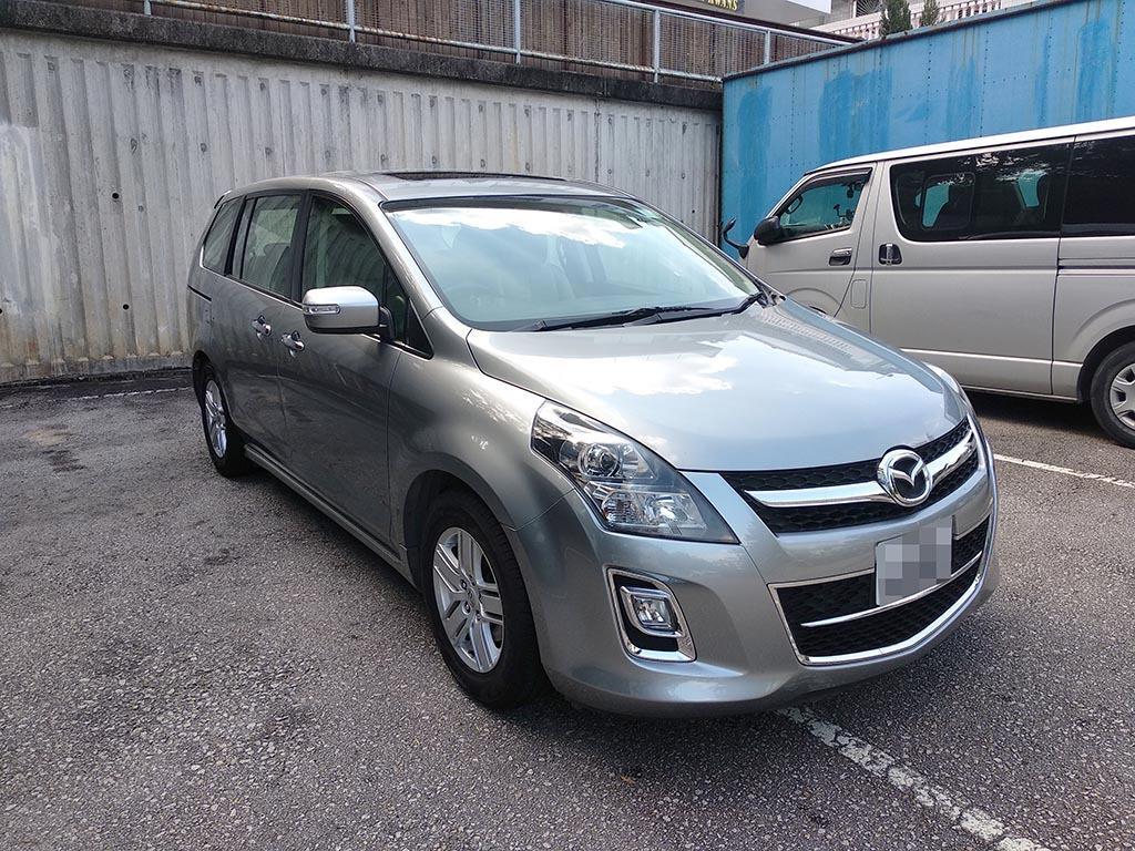2013 Mazda 8 Deluxe Auto