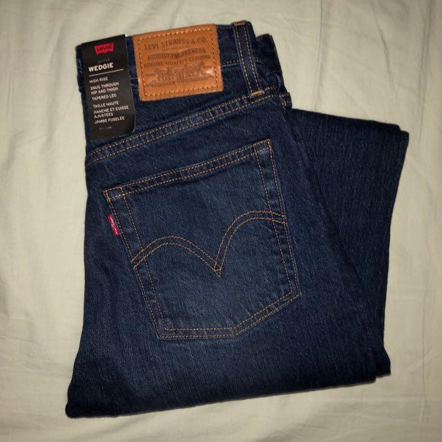👖 LEVI HIGH RISE WEDGIE JEAN 👖