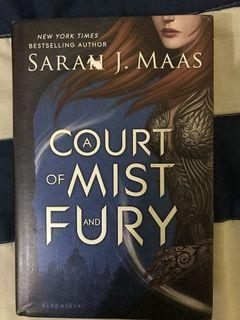 A COURT OF MIST AND FURY (ACOMAF) ENGLISH HARDOVVER