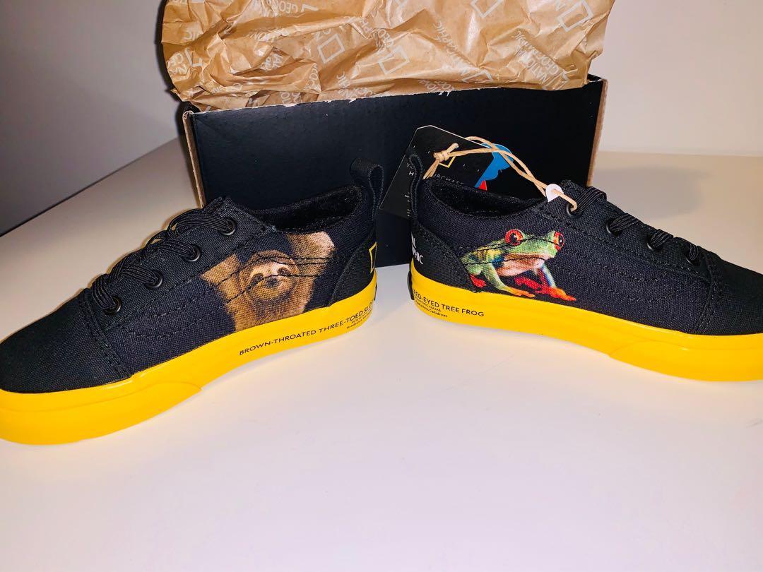 Brand new Vans toddler Old Skool elastic shoes sz 8
