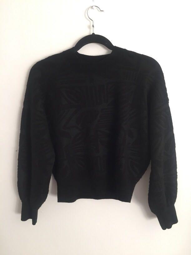 Club Monaco-Wool Sweater w/ geometric design (XS)