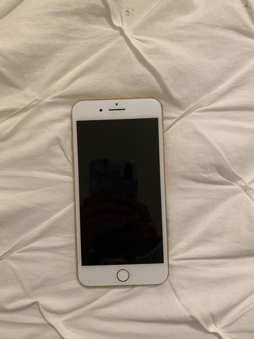 iPhone 8 PLUS 64 G for sale! (Rose gold)
