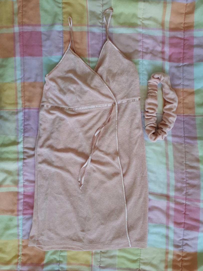 La Vie en Rose | Towel Dress with Headband