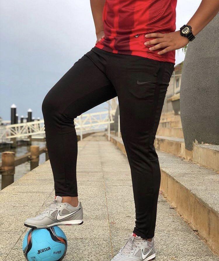 Derivación Náutico Pensar en el futuro  nike academy 2019 all black, Sports, Athletic & Sports Clothing on Carousell
