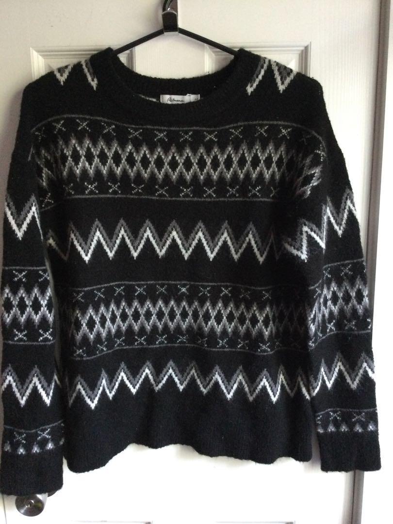 Soft sweater-$10