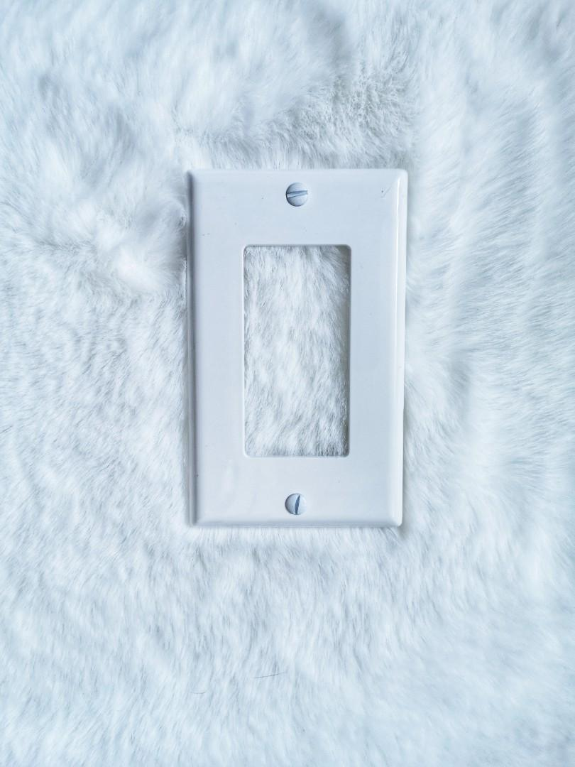 White Light Switch Wall Plate