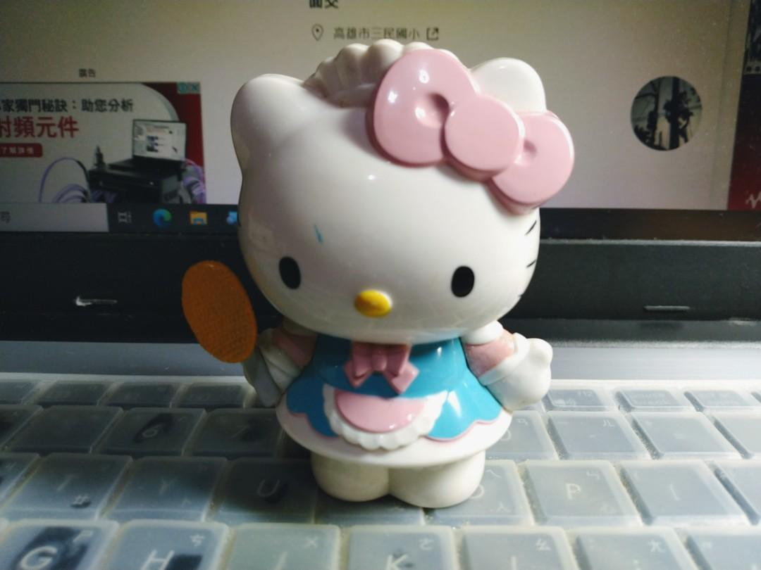 7-11 Hello Kitty 角色扮演公仔