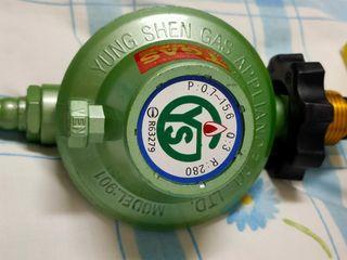 瓦斯器材(超流量附表控制調節器)9成新