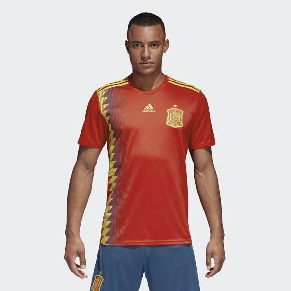 Adidas 世界盃足球衣