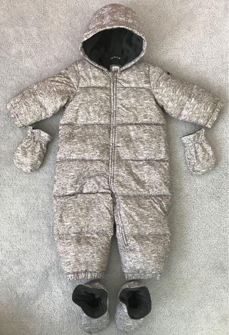 EUC Baby Gap snowsuit 18-24m