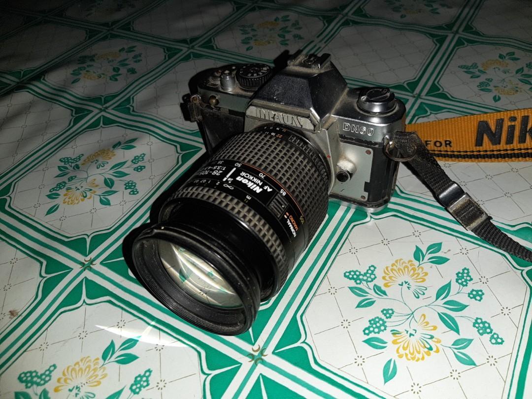 Kamera Antik merek Braun DN 60, lensa nikon