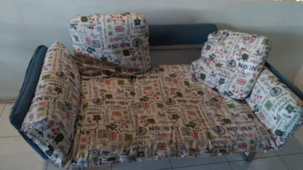 Sofa & bantal (cuci sofa & bantal murah Jogja)