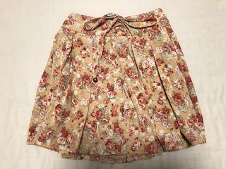 日本109購入 Liz Lisa 早春甜美花朵優雅氣質舒適褲裙/短裙 修飾身材 修身百搭學院風 可愛小性感