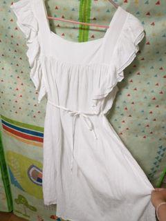 白色棉麻大荷葉無袖洋裝 #換季