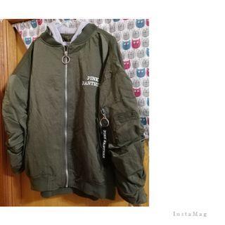 韓國 連帽飛行舖棉外套*軍綠色全新*背面頑皮豹