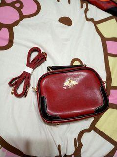 全新 紅色 方形包 相機包 肩背包 側背包 手提包 小包 方包 包包