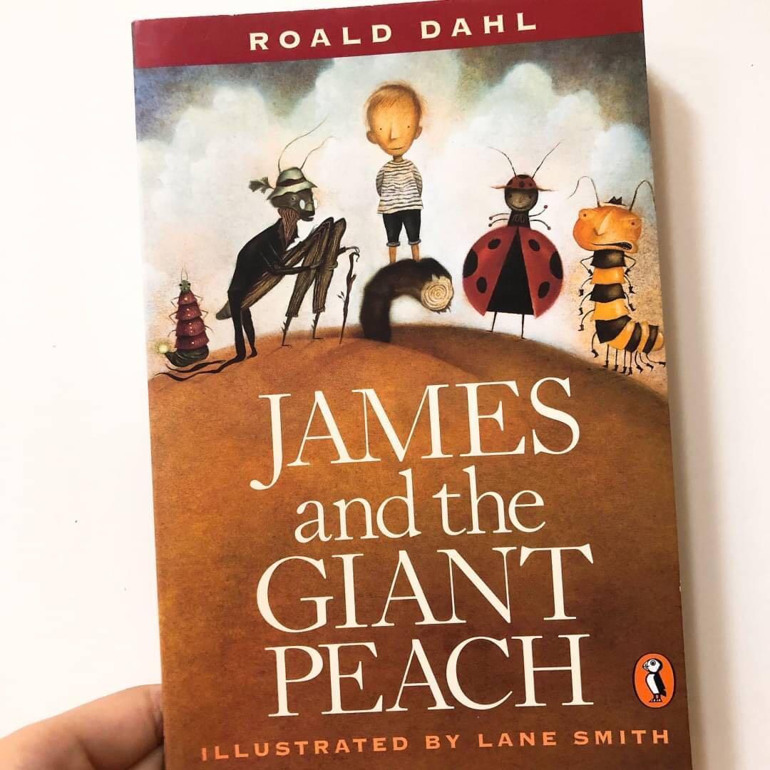 西洋文學 - James and the Giant Peach