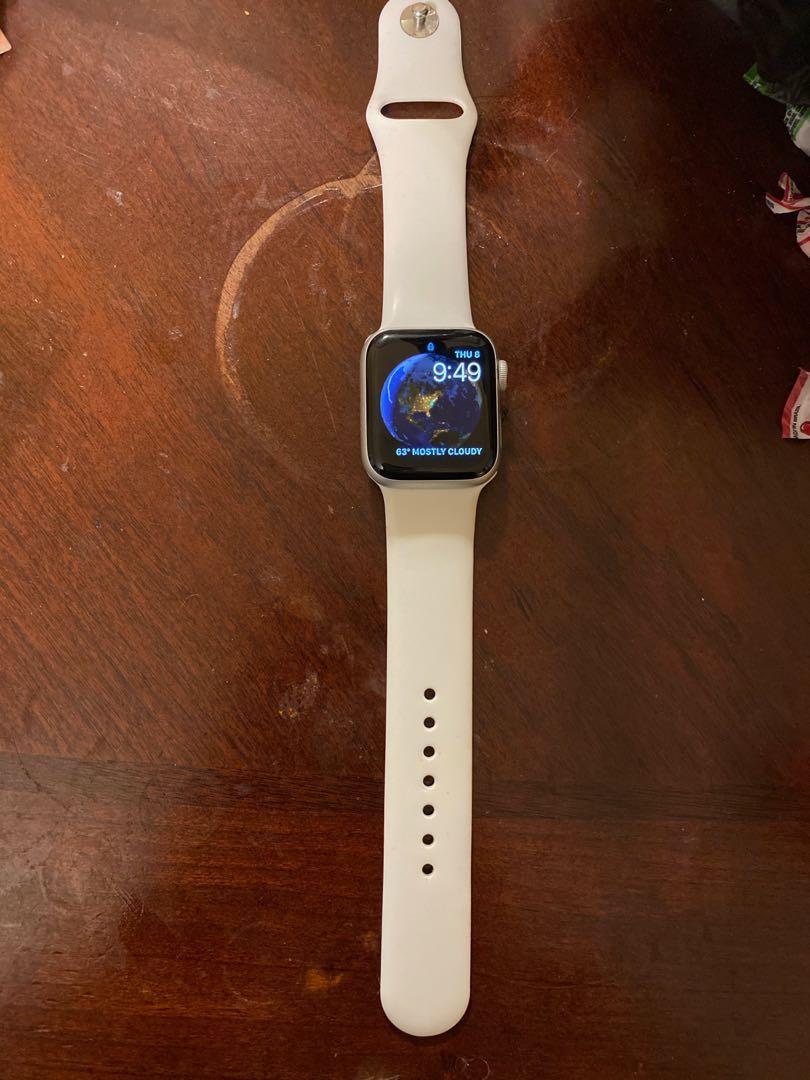 Apple Watch generation 4