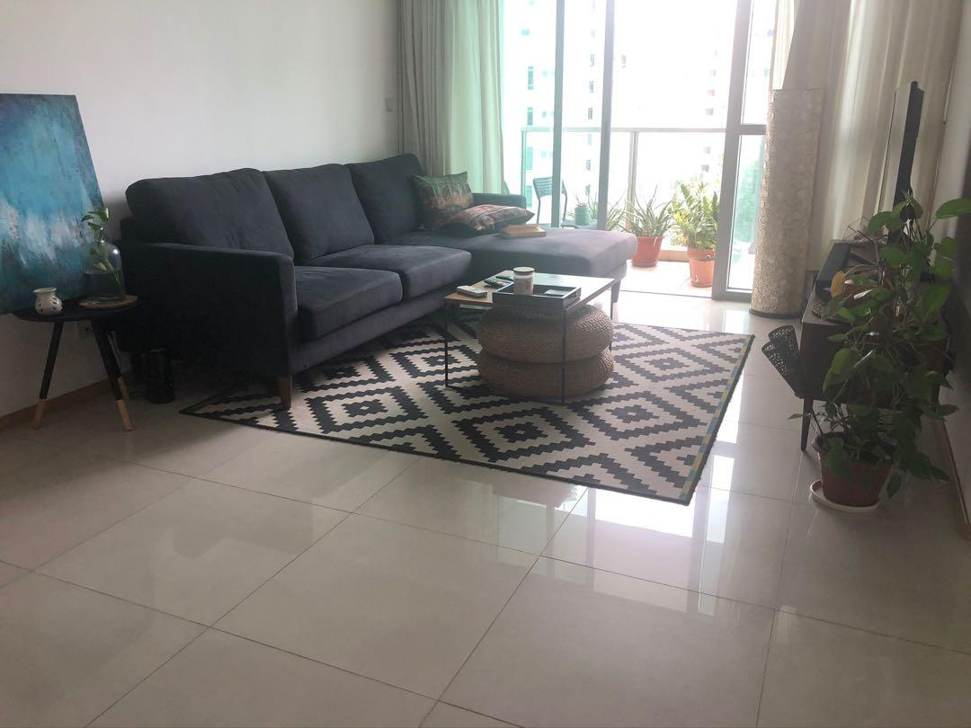 Black And White Floor Rug Ikea Furniture Others On Carousell