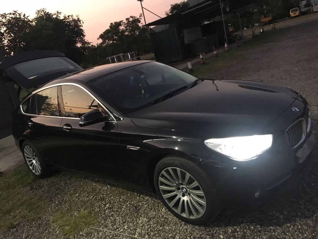 BMW 528i Gran Turismo Luxury Manual