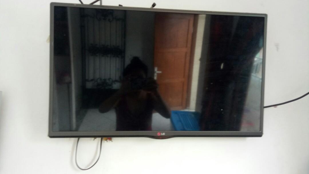 #special1010 TV LED 32inc  LG